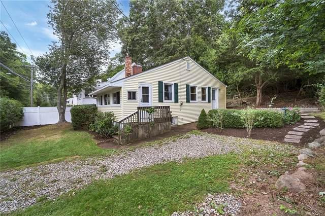 160 Giants Neck Road, East Lyme, CT 06357 (MLS #170440481) :: Michael & Associates Premium Properties | MAPP TEAM