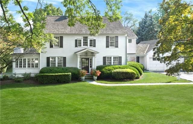 10 Augustus Lane, Greenwich, CT 06830 (MLS #170440751) :: Chris O. Buswell, dba Options Real Estate