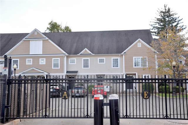 37 Alden Street W, Hartford, CT 06114 (MLS #170440756) :: Michael & Associates Premium Properties | MAPP TEAM