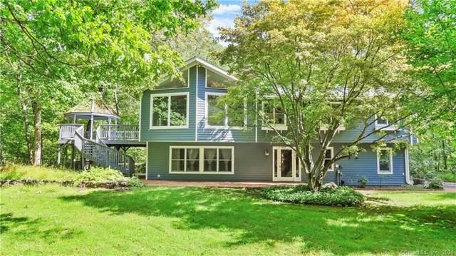 30 Tubbs Spring Drive, Weston, CT 06883 (MLS #170440982) :: Michael & Associates Premium Properties   MAPP TEAM