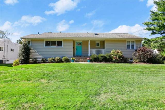 107 Bennett Street, Fairfield, CT 06825 (MLS #170441217) :: Tim Dent Real Estate Group