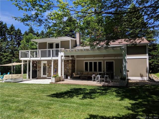 25 Valleyview Drive, Middlefield, CT 06455 (MLS #170441793) :: Carbutti & Co Realtors