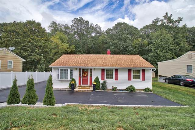 65 Longwood Drive, Naugatuck, CT 06770 (MLS #170442186) :: Michael & Associates Premium Properties | MAPP TEAM