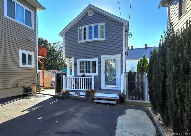 122 Peck Avenue, West Haven, CT 06516 (MLS #170442620) :: Michael & Associates Premium Properties | MAPP TEAM
