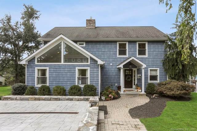 32 Skyline Drive, Brookfield, CT 06804 (MLS #170442988) :: Michael & Associates Premium Properties   MAPP TEAM
