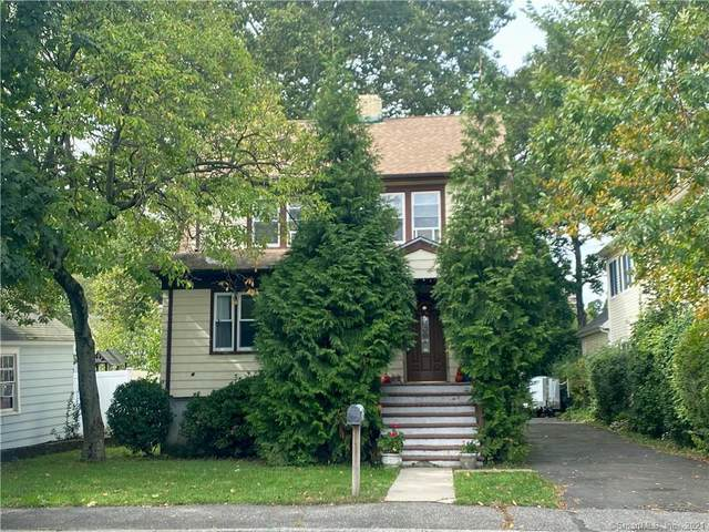 18 Fenway Street, Stamford, CT 06902 (MLS #170443029) :: Michael & Associates Premium Properties | MAPP TEAM