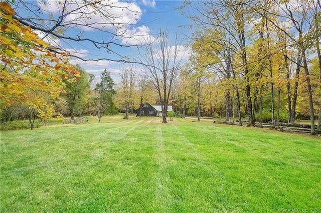 302 Codfish Falls Road, Mansfield, CT 06268 (MLS #170443147) :: Michael & Associates Premium Properties | MAPP TEAM