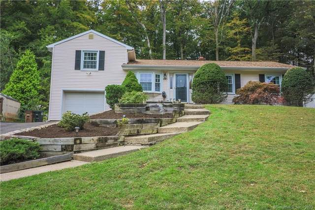 137 Shadow Ridge Road, Stamford, CT 06905 (MLS #170443322) :: Michael & Associates Premium Properties   MAPP TEAM