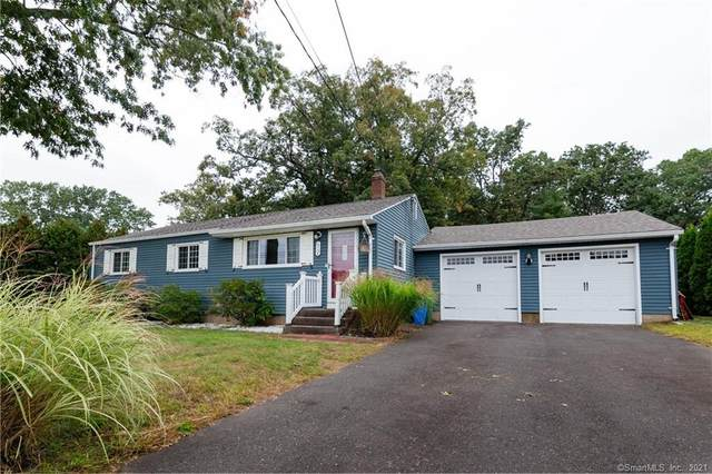 73 Field Road, Cromwell, CT 06416 (MLS #170443426) :: Michael & Associates Premium Properties | MAPP TEAM