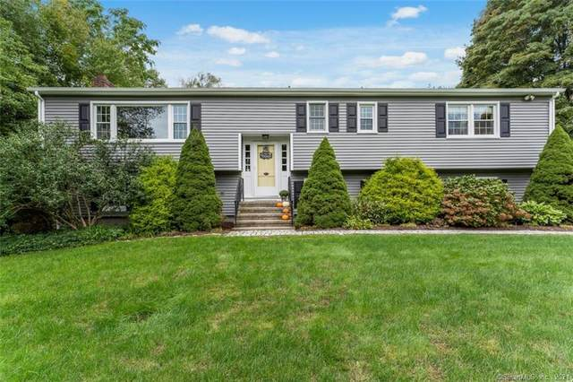 464 Burning Tree Drive, Orange, CT 06477 (MLS #170443494) :: Chris O. Buswell, dba Options Real Estate