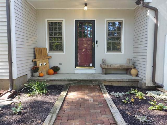 36 Harvest Woods Road, Middlefield, CT 06481 (MLS #170443686) :: Carbutti & Co Realtors