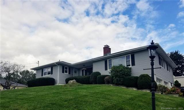 3 Sil Cam Drive, Danbury, CT 06811 (MLS #170444011) :: Michael & Associates Premium Properties | MAPP TEAM
