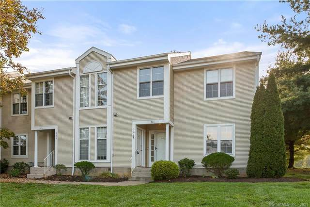 301 Country Club Court #301, Rocky Hill, CT 06067 (MLS #170444046) :: Carbutti & Co Realtors