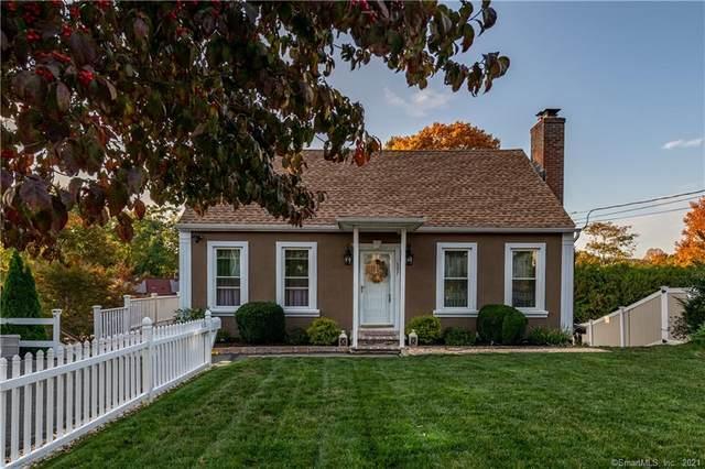 597 Hanover Road, Meriden, CT 06451 (MLS #170444461) :: Michael & Associates Premium Properties | MAPP TEAM