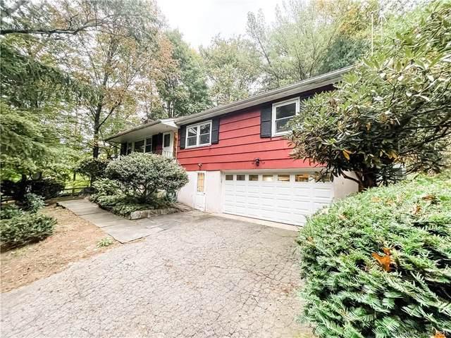 1 Briar Street, Norwalk, CT 06854 (MLS #170444502) :: Michael & Associates Premium Properties | MAPP TEAM