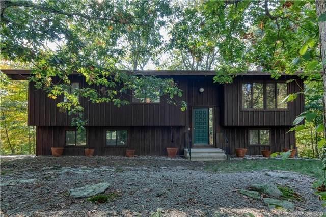 70 Hidden Lane, Guilford, CT 06437 (MLS #170444530) :: Michael & Associates Premium Properties | MAPP TEAM