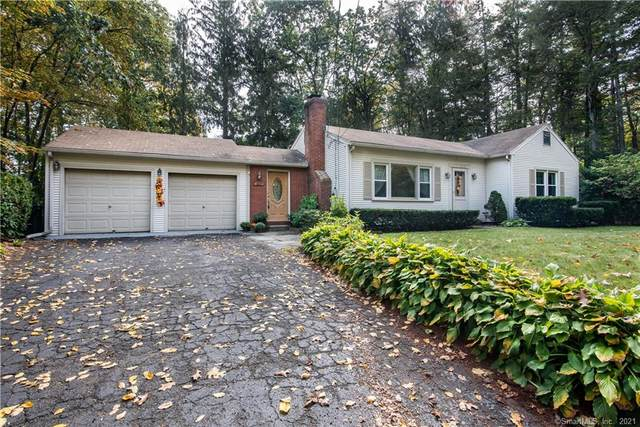 414 W Mountain Road, Simsbury, CT 06092 (MLS #170444665) :: Michael & Associates Premium Properties | MAPP TEAM