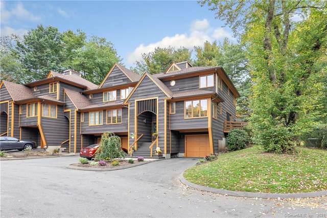 9 Acorn Hollow #9, Shelton, CT 06484 (MLS #170444689) :: Michael & Associates Premium Properties | MAPP TEAM