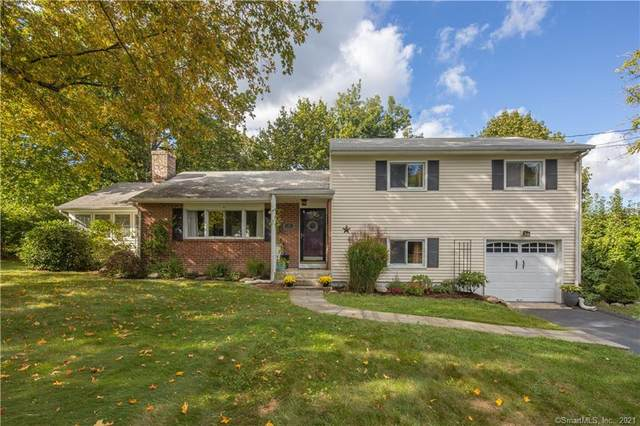 23 Esquire Road, Norwalk, CT 06851 (MLS #170444746) :: Michael & Associates Premium Properties | MAPP TEAM