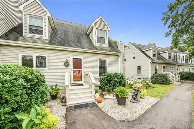 38 W Village Court #38, Branford, CT 06405 (MLS #170444804) :: Michael & Associates Premium Properties | MAPP TEAM