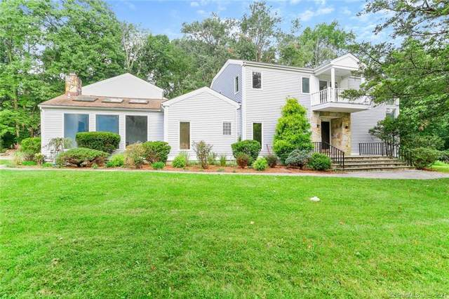 106 B Comstock Hill Avenue, Norwalk, CT 06850 (MLS #170444828) :: Chris O. Buswell, dba Options Real Estate