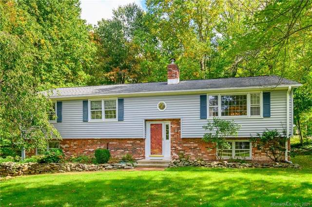 12 Fox Run Lane S, Newtown, CT 06470 (MLS #170444879) :: The Higgins Group - The CT Home Finder