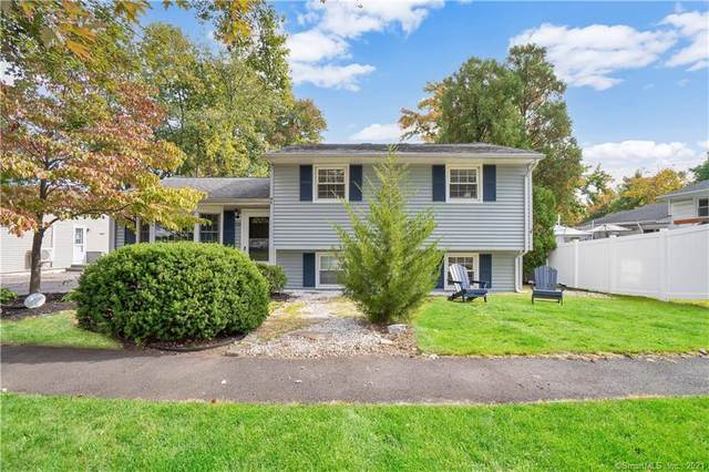 321 Oakwood Drive, Fairfield, CT 06824 (MLS #170445393) :: Realty ONE Group Connect