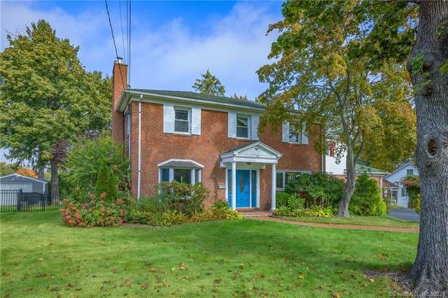 168 Mohawk Drive, West Hartford, CT 06117 (MLS #170445437) :: Faifman Group