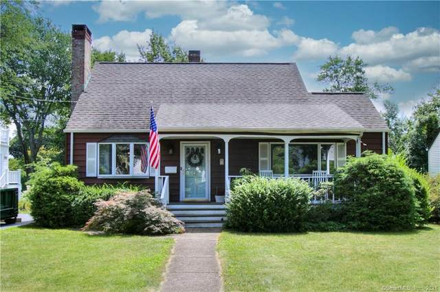 25 Quaker Lane, Fairfield, CT 06824 (MLS #170445446) :: Realty ONE Group Connect