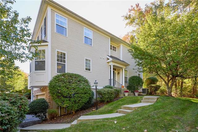 9 Woodcrest Lane #9, Danbury, CT 06810 (MLS #170445510) :: Forever Homes Real Estate, LLC