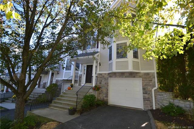 6004 Heartwood Lane #6004, Danbury, CT 06811 (MLS #170445692) :: Linda Edelwich Company Agents on Main