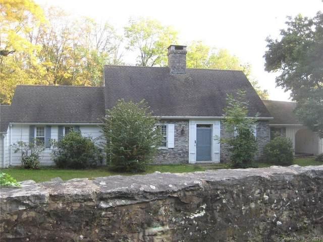 17 Huntington Lane, Norwich, CT 06360 (MLS #170445726) :: Around Town Real Estate Team
