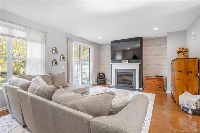 64 Tucker Street #64, Danbury, CT 06810 (MLS #170445910) :: Michael & Associates Premium Properties | MAPP TEAM