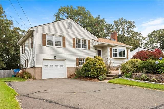 17 Brent Road, Manchester, CT 06042 (MLS #170445968) :: Faifman Group