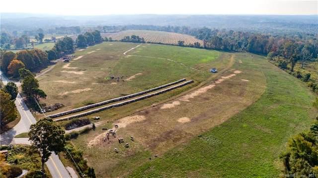 135 Wintechog Hills Road, North Stonington, CT 06359 (MLS #170446043) :: Alan Chambers Real Estate
