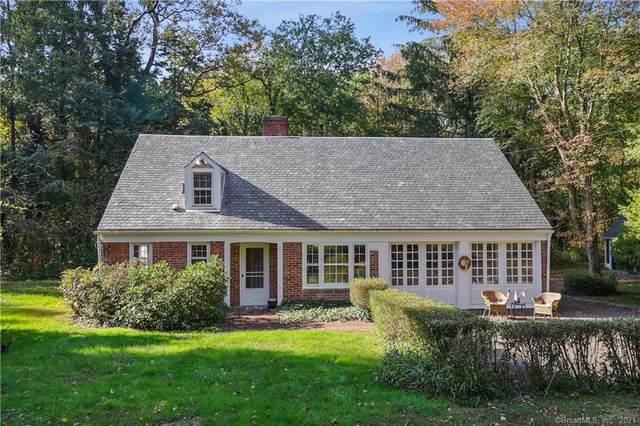 24 Pease Road, Woodbridge, CT 06525 (MLS #170446248) :: Spectrum Real Estate Consultants