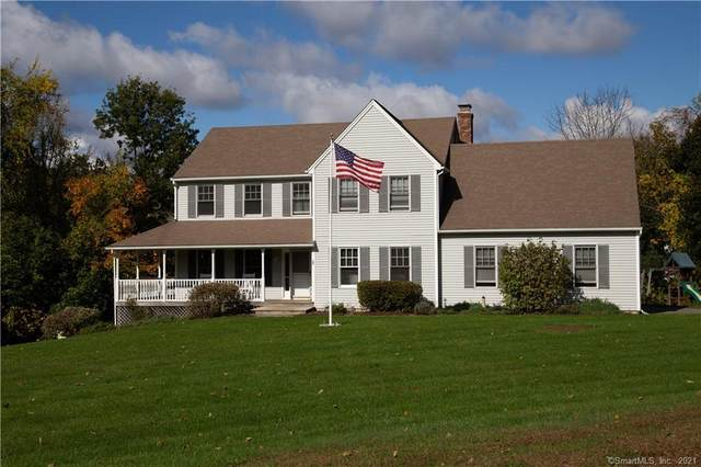 2 Wedgewood Drive, New Milford, CT 06776 (MLS #170446320) :: Michael & Associates Premium Properties | MAPP TEAM