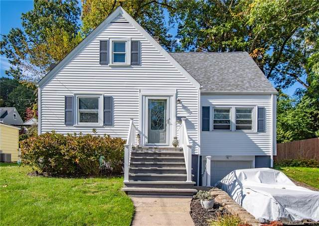 26 Greenhill Terrace, New Haven, CT 06515 (MLS #170446516) :: Chris O. Buswell, dba Options Real Estate