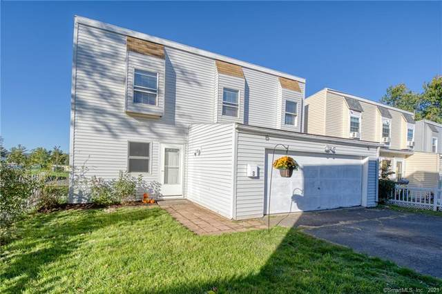 3 Inverness Square, Middletown, CT 06457 (MLS #170446599) :: Spectrum Real Estate Consultants