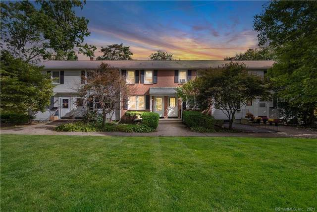 127 Sylvan Knoll Road, Stamford, CT 06902 (MLS #170446608) :: The Higgins Group - The CT Home Finder