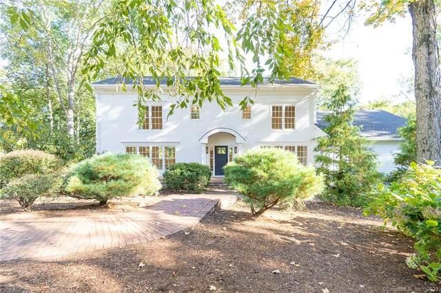 4 River Lane, Westport, CT 06880 (MLS #170446676) :: Chris O. Buswell, dba Options Real Estate