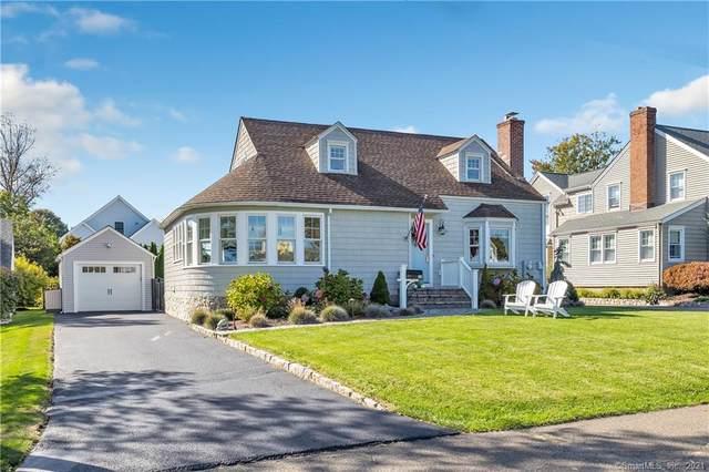 35 Margherita Lawn, Stratford, CT 06615 (MLS #170447043) :: Michael & Associates Premium Properties | MAPP TEAM
