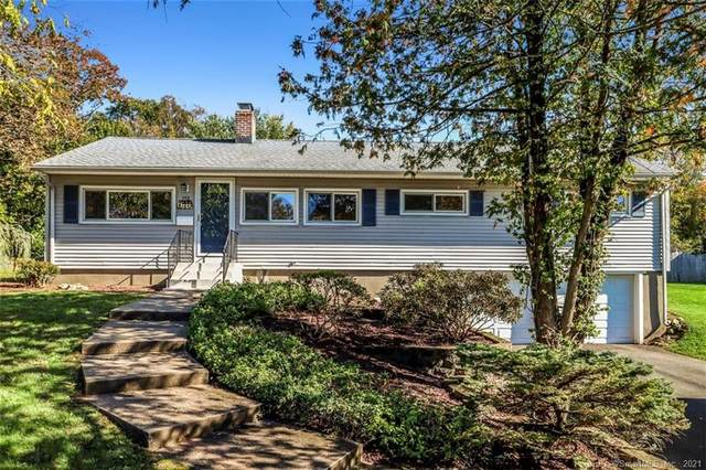 152 Laurel Terrace, Cheshire, CT 06410 (MLS #170447131) :: Alan Chambers Real Estate