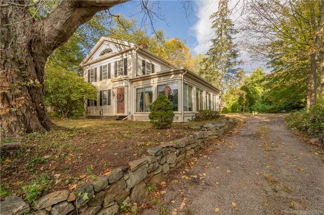 15 Neck Road, Old Lyme, CT 06371 (MLS #170447179) :: Alan Chambers Real Estate