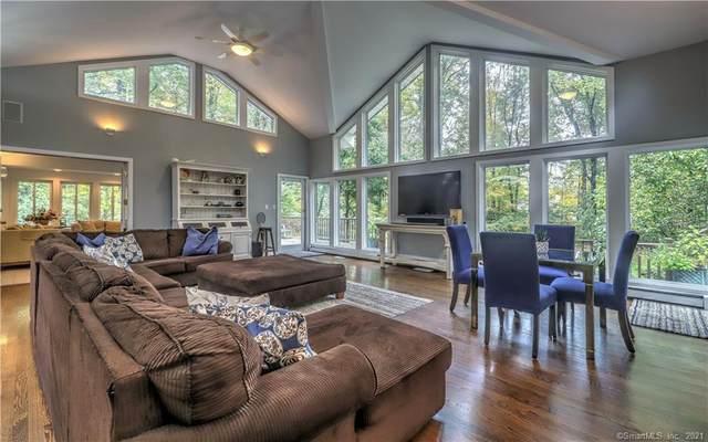 38 Dogwood Circle, Woodbridge, CT 06525 (MLS #170447289) :: Michael & Associates Premium Properties | MAPP TEAM