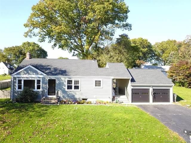 29 Pleasant Street, Trumbull, CT 06611 (MLS #170447352) :: Carbutti & Co Realtors