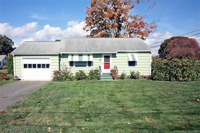 37 Maplewood Street, Old Saybrook, CT 06475 (MLS #170447359) :: Forever Homes Real Estate, LLC