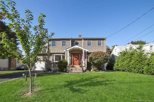 6 Mellow Street, Fairfield, CT 06824 (MLS #170447438) :: Chris O. Buswell, dba Options Real Estate