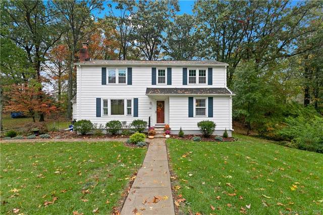 841 Beechwood Road, Orange, CT 06477 (MLS #170447657) :: Michael & Associates Premium Properties | MAPP TEAM