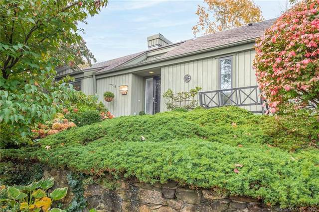113 Heritage Village B, Southbury, CT 06488 (MLS #170448198) :: Michael & Associates Premium Properties | MAPP TEAM